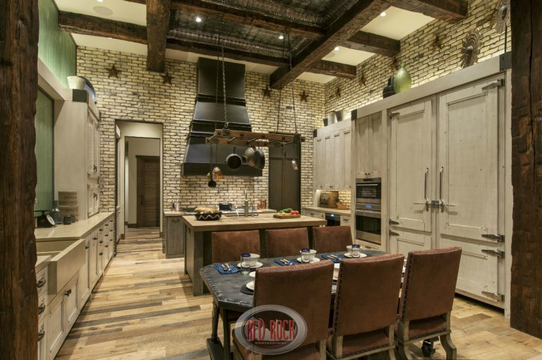 The Best Rustic-Style Home Designers